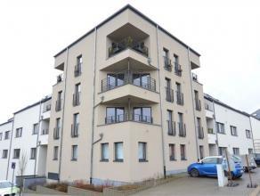 Arlon, bel appartement neuf de 85 m² composé comme suit: hall d'entrée, séjour avec cuisine équipée et terrass