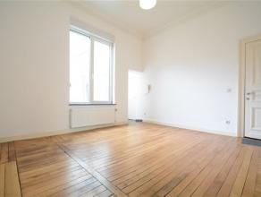 Arlon, bel appartement composé comme suit: hall d'entrée, séjour, cuisine équipée, 2 chambres, salle de bains et co