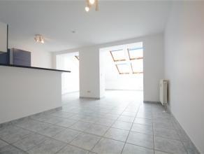 Arlon centre, agréable appartement de 65 m² composé comme suit: hall d'entrée, séjour, cuisine équipée