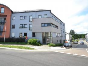 Arlon, agréable appartement de 90 m² composé comme suit: hall d'entrée, vaste séjour, cuisine équipée o
