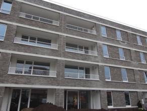 Tof NIEUWBOUW appartement met leuk terras. Ideaal voor de stadsmens die thuis graag ontsnapt aan de drukte. <br /> We treffen dit degelijke en zeer pr