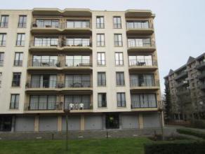 Prachtig, modern ingericht appartement op wandelafstand van de Grote Markt! Het appartement is gelegen op de 3de verdieping en ingedeeld als volgt: in