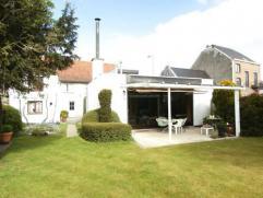 Grote karaktervolle gezinswoning met garage en tuin!