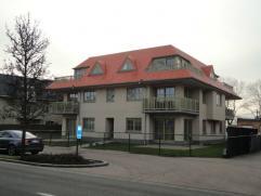"""Residentie """"Hazebeek"""" Oostduinkerke-Dorp IJzersterk aanbod!Appartement met 3 slaapkamers! Bijzonder lichtrijk en ruim 3 slaapkamerappartement met voor"""