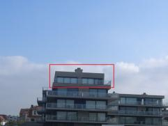 THIS IS IT !!!! UNIEKE PENTHOUSE OP STRATEGISCHE LIGGING MET ZICHT OP ZEE.... Exclusief wonen in deze fantastische penthouse met een totale oppervlakt