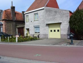 Deze knusse woning is ligt langs de Oostendse baan te Gistel. De woning beschikt over 2 slaapkamer.