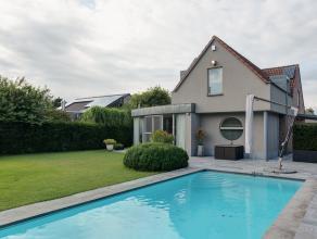 Stijlvolle en recent gerenoveerde instapklare luxe villa met prachtig buitenzwembad, een perfect georiënteerde zonnetuin, gelegen in een kindvrie