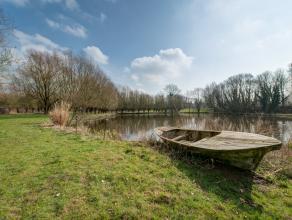 """Deze unieke historische eigendom is gelegen op 2,5 hectare groot groen domein """"De Campomolen"""" met een private vijver in Asbeek in een van die zachte g"""