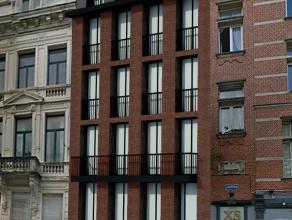 Appartement gelegen op de 2de verdieping met een bewoonbare oppervlakte van circa 82 m² en een terras van 9 m². Residentie de Leien heeft d