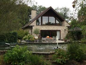 Magnifique villa de +/- 225m² sur un terrain de 10a99ca - Garage Quartier résidentiel verdoyant - Magnifique villa de +/- 225m² sur u