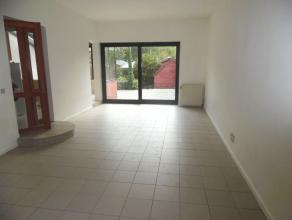 Proche du Lycée Français - Quartier verdoyant et très calme - Magnifique maison de +/- 120m² avec terrasse de +/- 35m²