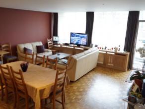 Dans le quartier résidentiel de l'hôpital Brugmann - Magnifique appartement +/- 100m² - Hall d'entrée - Lumineux living +/- 4