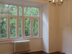 Quartier Basilique / Magnifique appartement de +/- 80m²  entièrement rénové avec nouvelle cuisine super équipé