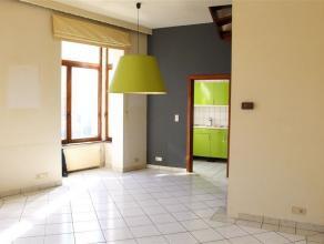 Boulevard Clovis ... A SAISIR ! Libre, vide, disponible ! Petite maison d'habitation, 2 chambres. Prox. Chaussée de Louvain, Jazz Station, Squa