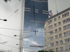 Immeuble de rapport mixte neuf , composé de 9 appartements et 2 rez commerciaux (une pharmacie Multi-Pharma et une supérette.) revenu lo
