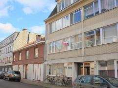 Dit volledig gerenoveerde appartement (IDEALE OPBRENGSTEIGENDOM - ong. 93 m² woonoppervlakte) aan de rand van Sint-Niklaas is volledig instapklaa