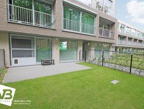 Recent en instapklaar 2-slaapkamer appartement op centrale locatie te Brasschaat. Het appartement beschikt over een inkomhal met vestiaire, apart toil