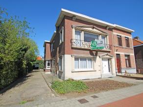 Volledig te renoveren woning met magazijn en mogelijkheid tot tweewoonst!<br /> <br /> Deze ruime woning is centraal gelegen te Wommelgem en beschikt