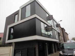 Strombeek-Bever (réf 716) Dans un petit immeuble neuf superbe appartement au 2ème étage gauche comprenant hall d'entrée, b
