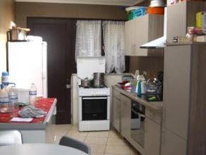 GRACE-HOLLOGNE: Venez découvrir cette coquette maison deux façades, rapidement emménageable à votre gout et à moind