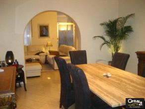 GRACE HOLLOGNE: Si vous cherchez une maison en bon état, celle-ci est idéale ! 3 chambres, un garage deux voitures,  beaucoup de charme