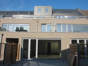 Mooi nieuwbouwappartement op de gelijkvloerse verdieping in de dorpskern van Broechem. Dit appartement heeft zeer veel lichtinval en bestaat uit een r