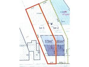 Een perceel grond van 573m² nabij het centrum van Nijlen. Meer info te verkrijgen op kantoor. www.era.be/renomar