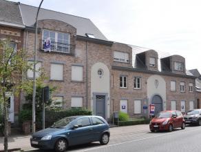 Mooi modern duplexappartement op de tweede verdieping (met lift) gelegen in de dorpskern van Kessel met een enorm groot terras en afzonderlijke garage