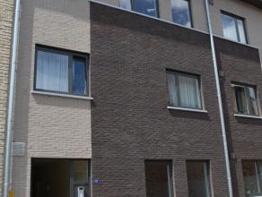 Tof gelijkvloers appartement in centrum Herentals, volledig uitgerust met alle comfort en aangenaam terras. Het appartement bestaat uit een grote leef