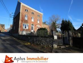 Aplus Immobilier, votre agence à 1% de commission vous propose cette agréable et spacieuse maison, 4 façades, sise sur un terrain