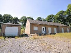 Réf. n°0764 - Villa de construction récente (2006), sur 50 ares, comprenant au rez : hall d'entrée, séjour agré