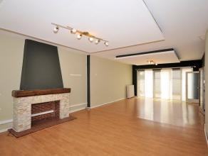Réf. n°0923 - Situé au premier étage d'une petite copropriété (3 entités) - Spacieux appartement de 146