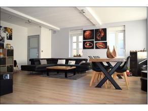 Superbe habitation rénovée offrant de grands espaces habitables.!!! FAIRE VITE !!!REZ DE CHAUSSEE : Un hall d'entrée, une cave, u