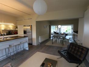 Unieke, magnifiek gelegen, superbe & verrassend ruime bel etage woning / uiterst geschikt voor groot gezin en/of vrij beroep! 6 SLPK- 5 BADK + GAR