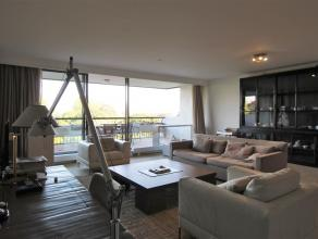 RESIDENTIE HERTOGENPARK Luxueus stijlvol gemeubeld appartement in Residentie Hertogenpark gelegen op 8ste verdiep ( 115m²) met 2 slaapkamers en 2