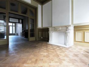 CHARMANT DUPLEX APPT CA. 150 m² | 2 SLPK | STADSKOER Nabij Hof van Leysen en op een boogscheut van de stad Antwerpen: Deze instapklare appartemen