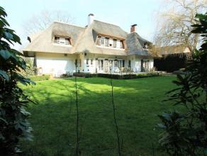 PARK DEN BRANDT: Klassieke, karaktervolle villa op ca 1.400 m² Dubbele inpandige garage, 5 SLPK, bureau, 52 m² aan terrassen en Zuid t
