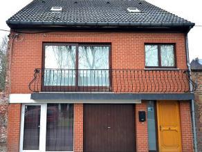 Prix indicatif: 235.000 eurosBonne maison d'habitation composée de trois chambres dont une à parachever. Elle se situe à proximit