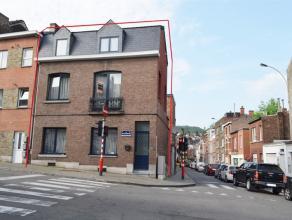4000 Liège. Rue Sainte Marguerite 286. Belle et spacieuse maison 3 façades, sur un coin de rue, à proximité immédia