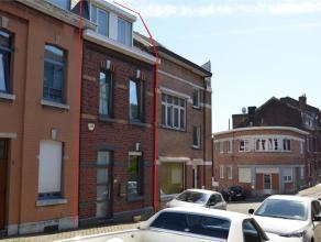 4000 Liège - Rue Gilles Demarteau, 42. Quartier Saint-Laurent. Maison 2 façades répartie sur 4 niveaux : Au Rez de chaussé