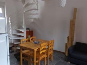 Maison de 60m² entièrement rénovée avec une chambre à Grâce-Hollogne.Living avec coin cuisine.Une chambre avec