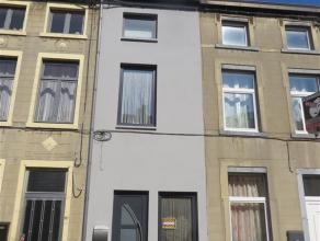 FLEURUS - Rue Emile Vandervelde, 113 - Belle maison rénovée récemment, idéalement située à 2 pas du centre.