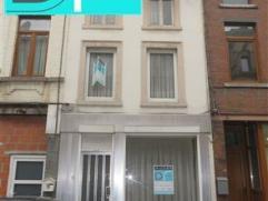 FLEURUS - Rue de la Station, 80 - Maison 2 façades à 2 pas du centre de Fleurus. Composition : Sous-sol : cave chaufferie, cave rangemen