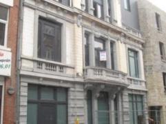 A LOUER: 3 appartements entierement neufs, ascenseur, 1 ou 2 chambres, salon, living, cuisine, salle de bains, double vitrage. Loyer a partir de 600 E