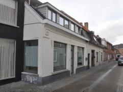 Ligging: Rustige straat in het centrum: Futselstraat 19Beschrijving: Recent gerenoveerde woning (2012) voorzien van alle modern comfort: Centrale verw