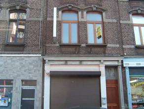 Maison de commerceRez-de-chaussée commercial d'une surface de +/- 40m²1 étage : +/- 40m² - Cuisine - Living - Sall