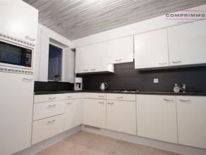 ||WEES SNEL|| Kleine rijwoning met 1 slaapkamer te Kortrijk vlakbij winkels, E17, ... Deze woning beschikt over voorkamer - voutekamer - ingerichte ke