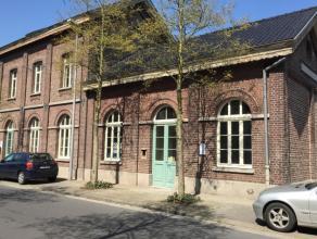 Prachtig ontworpen nieuwbouw appartement in het oude stationsgebouw met perfecte combinatie van materialen, duurzaamheid en energievriendelijk. Het ap