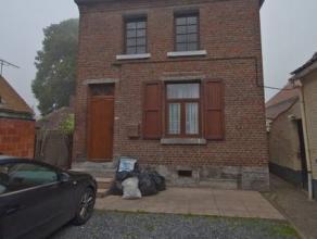 SOUS OPTION !!!! Prix: 95.000 euro(s),frais d'agence non inclus et à charge de l'acquéreur.Maison rénovée situ