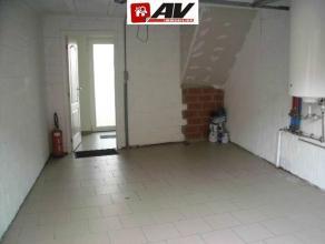 Agréable maison à Arc Wattripont se composant comme suit rez-de-chaussée : hall d'entrée, grand garage avec porte sectionn